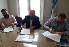 Ferro firma acuerdo con UNICEN para mejora de gestión administrativa