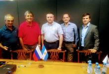 Importante reunión: Embajada Rusia, UNICEN y APLA